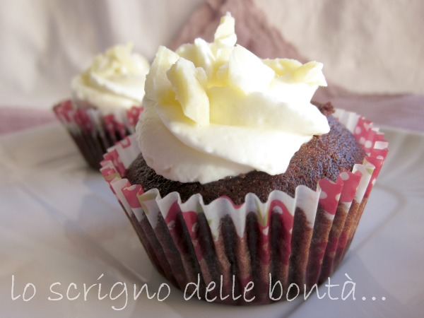 cupcake al cacao e cioccolato bianco 1