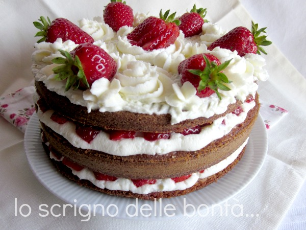 torta fragole e panna 1